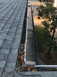 Squeegee Window Cleaning San Diego 1