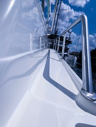 NLS Yacht Solutions Plantation  30