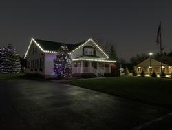 St Nicks Holiday Lighting Fenton 32